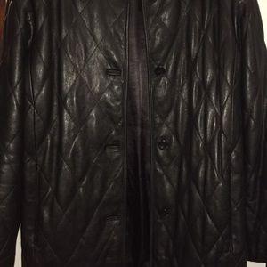 Leather jasper jacke like new. Used twice